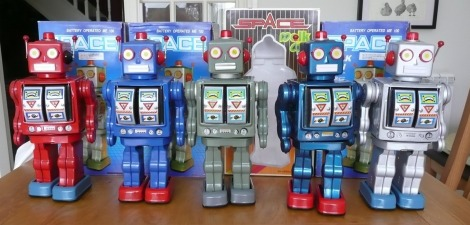 Space Walkman Robot Gang of Five
